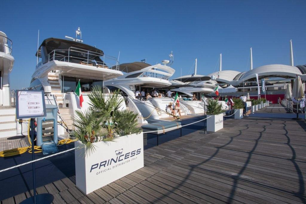Weekend porte aperte post Saloni Nautici: vi aspettiamo per visite e test a Sanremo Portosole!